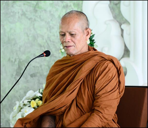 Annual Robe Offering Ceremony with Luang Por Dumrong and Sangha